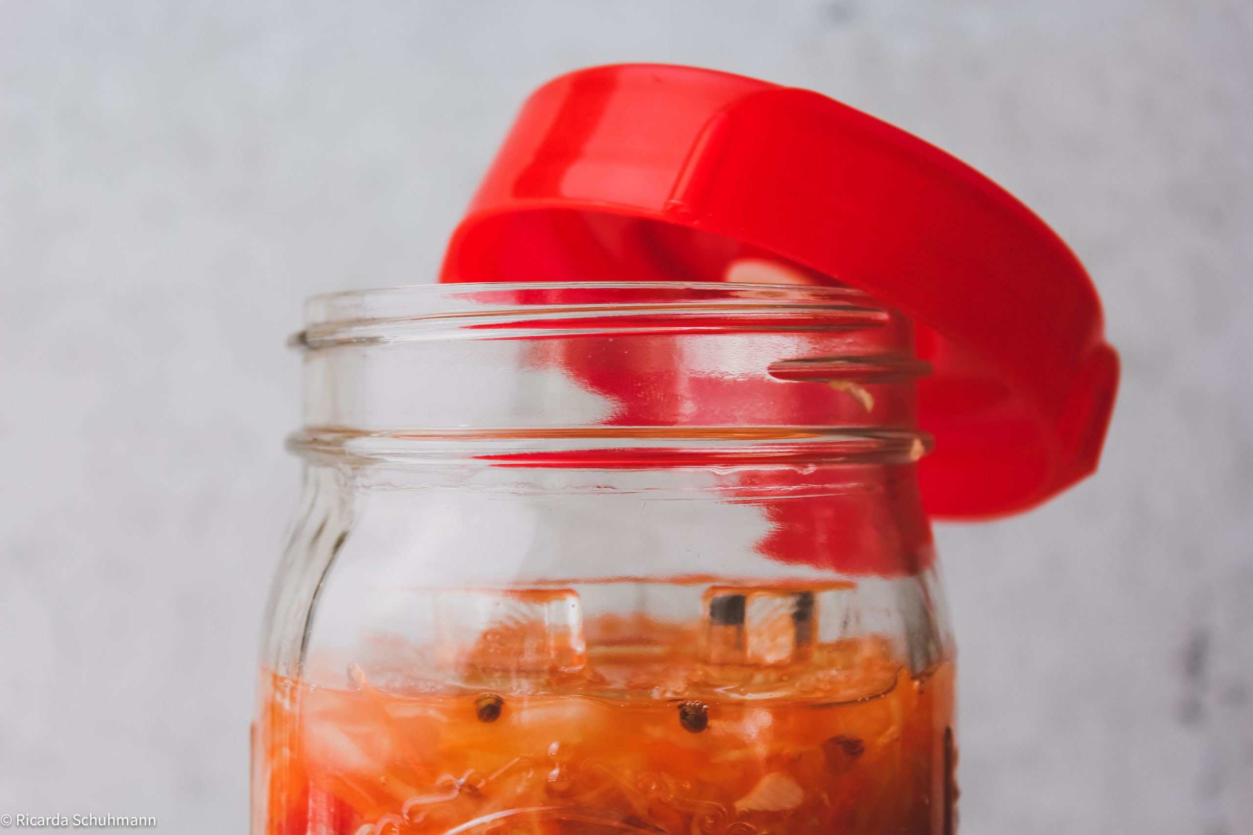 Sauerkraut mit orientalischen Gewürzen fermentiert