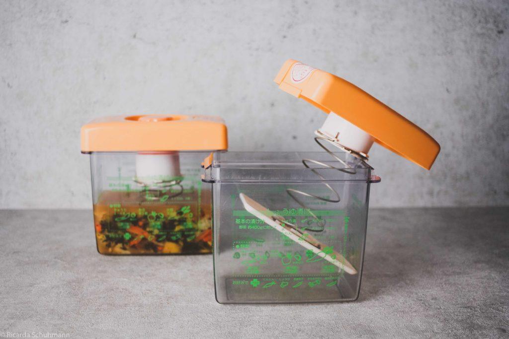 Pickle Press, ein japanisches Gefäß zum Fermentieren