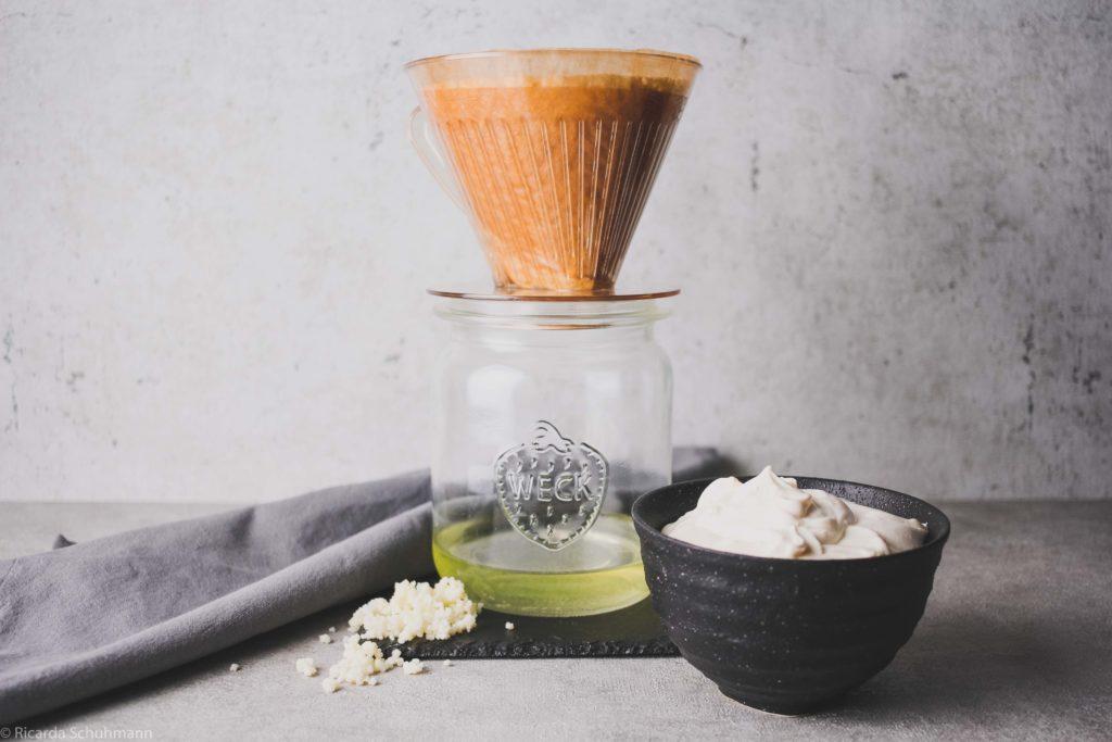 Frischkäse aus Milchkefir selber machen
