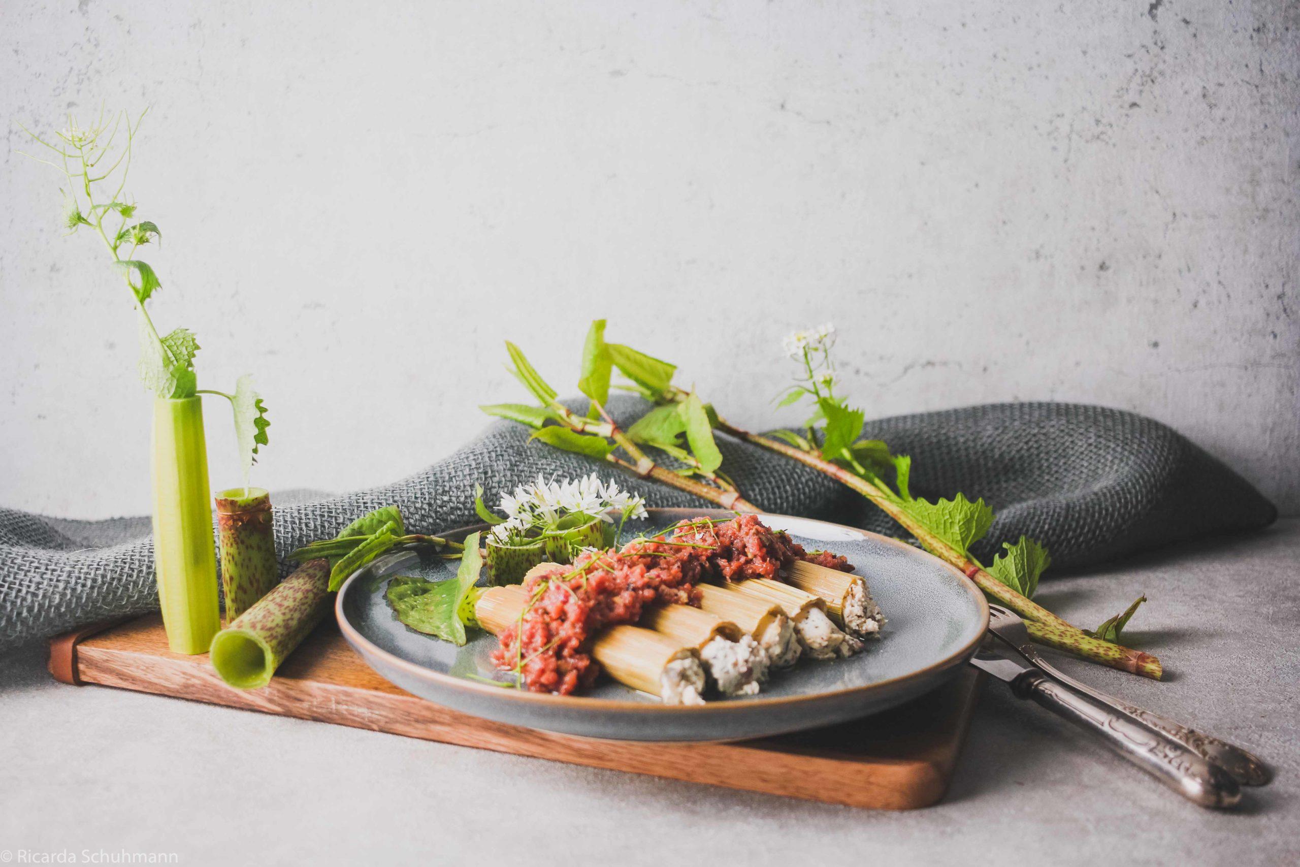 Gefüllte Wildpflanzen-Canneloni