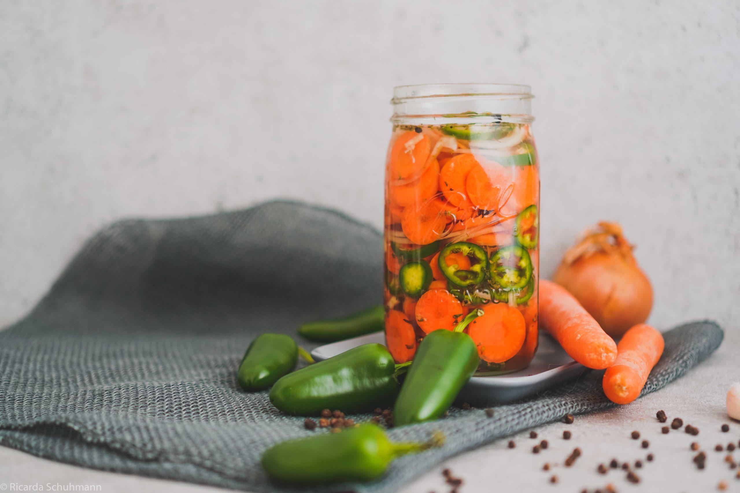 Würziger Karotten-Jalapeno-Mix 4 Wochen fermentiert