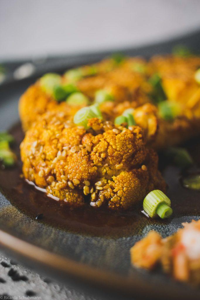 Asiatisches Blumenkohl-Schnitzel mit Fermenten